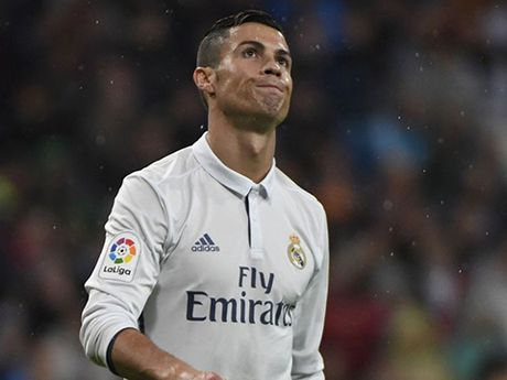 Cristiano Ronaldo khong phan doi ban thang cua Alvaro Morata - Anh 3