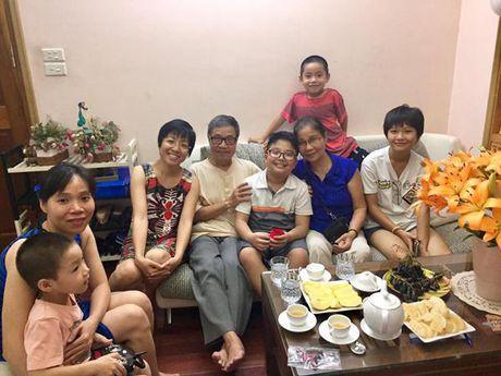 Cong Ly va ban gai vui ve ve chung vui trong ngay sinh nhat con trai Thao Van - Anh 4