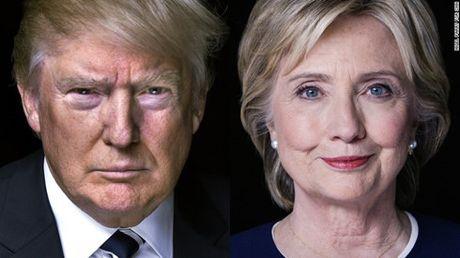 Ba Clinton dan truoc trong cac cuoc tham do 2 tuan truoc ngay bo phieu - Anh 1