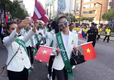 'Nu hoang sac dep' Ngoc Duyen qua sanh dieu dao pho - Anh 14