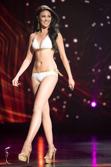 Anh bikini 'bong ruc' cua tan Hoa hau Hoa binh Ariska Putri Pertiwi - Anh 6