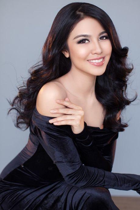 Anh bikini 'bong ruc' cua tan Hoa hau Hoa binh Ariska Putri Pertiwi - Anh 9
