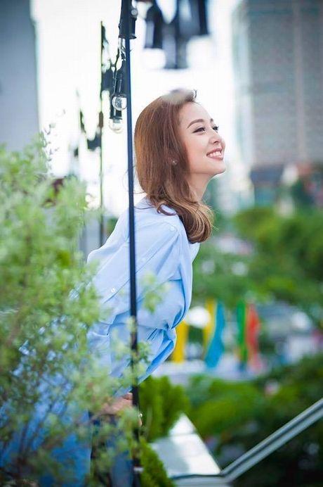 Choang voi mat moc cua Jennifer Pham khi mang bau lan 3 - Anh 4