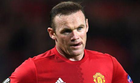 Diem tin chieu 26/10: Rooney se den Serie A, sao Liverpool bi Klopp tu mat - Anh 1