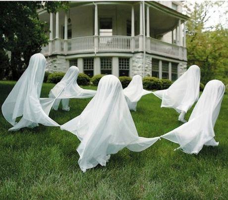 Nhung y tuong trang tri Halloween khien hang xom chay mat dep - Anh 2