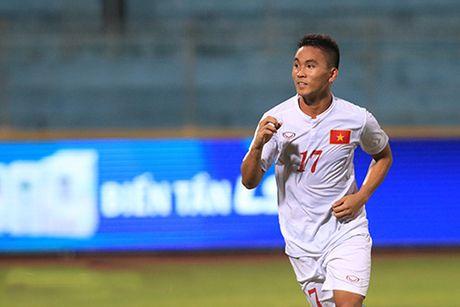 U19 Viet Nam: Dau Nhat Ban, 'quan bai' nao dong the Duc Chinh? - Anh 2