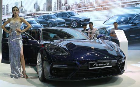 Porsche Panamera Turbo the he moi gia hon 10 ty dong - Anh 2