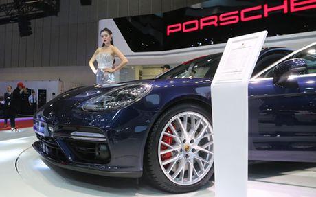 Porsche Panamera Turbo the he moi gia hon 10 ty dong - Anh 3