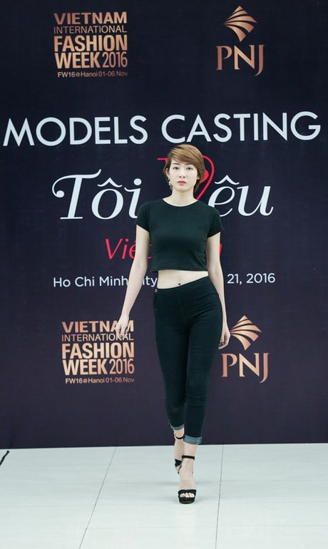Vietnam International Fashion Week Thu Dong 2016 tuyen nguoi mau - Anh 2