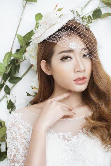 Kim Nha bat ngo 'thoat xac' hoa co dau goi cam - Anh 3