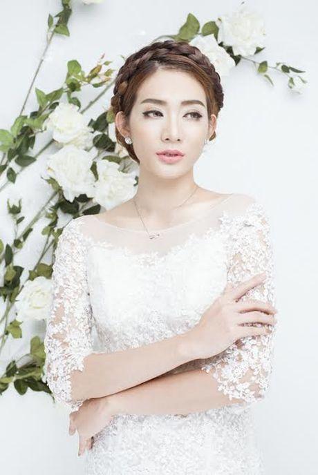 Kim Nha bat ngo 'thoat xac' hoa co dau goi cam - Anh 4