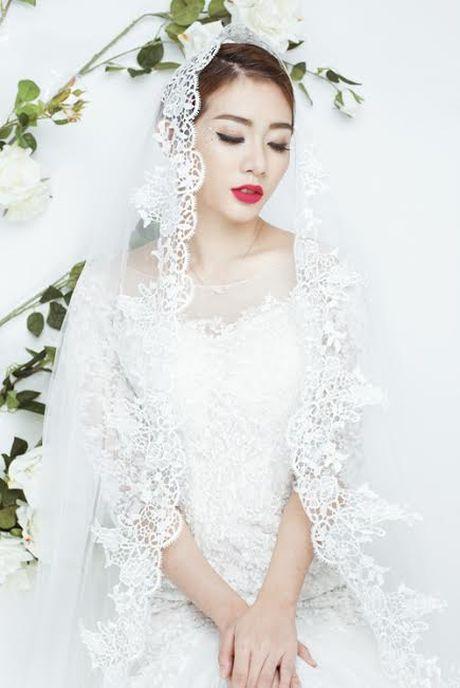Kim Nha bat ngo 'thoat xac' hoa co dau goi cam - Anh 6