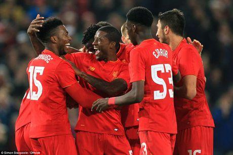 Vuot qua Tottenham, Liverpool va tu ket Cup Lien doan - Anh 1