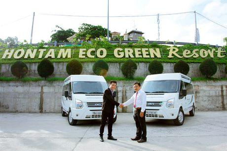 Ra mat doi xe dua don tieu chuan Limousine tai Resort Hon Tam - Anh 1
