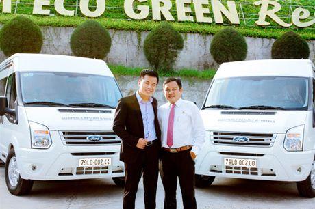 Ra mat doi xe dua don tieu chuan Limousine tai Resort Hon Tam - Anh 2