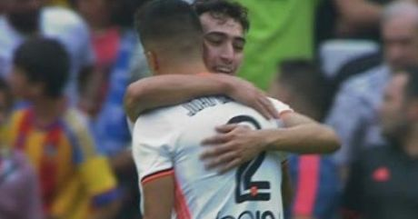 """Nguoi cu"" vo le chay luoi Barca top 5 ban dep V9 Liga - Anh 1"