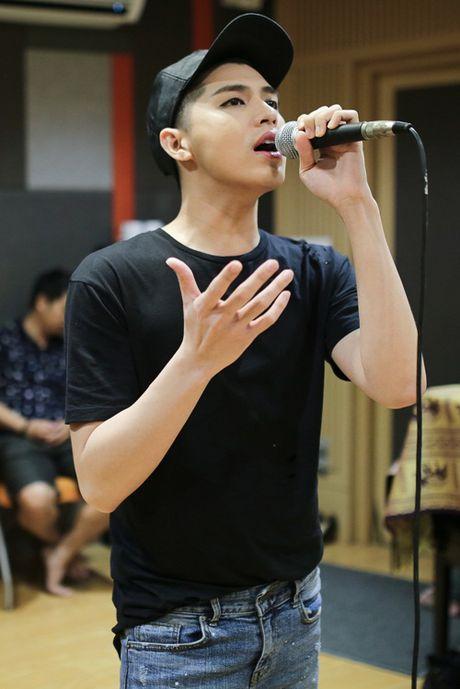 Noo Phuoc Thinh hang hai tap luyen cung Phuong Uyen cho liveshow - Anh 1