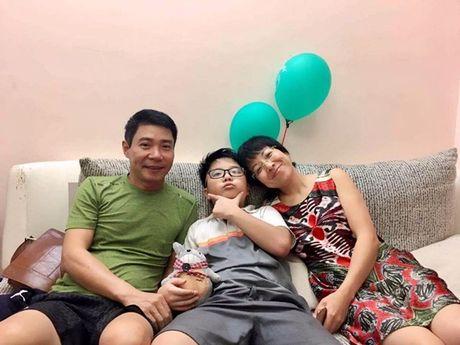 Tin giai tri ngay 26/10: Thao Van, Cong Ly doan tu; HH Han gay soc voi vong mot - Anh 1