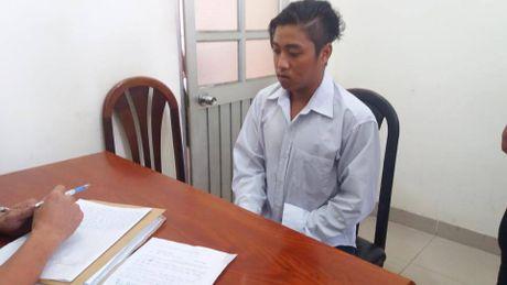 Nghi can sat hai vo con Truong ban Dan van Chau Doc ke lai qua trinh gay an - Anh 1