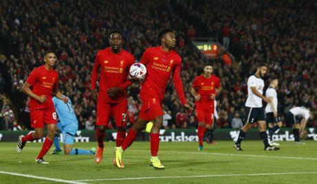 Liverpool loai Tottenham khoi Cup lien doan - Anh 1