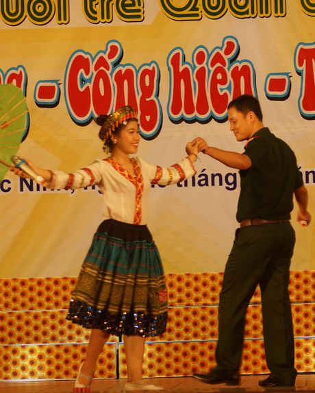 Soi dong dem Gala 'Khat vong - Cong hien - Truong thanh' - Anh 2