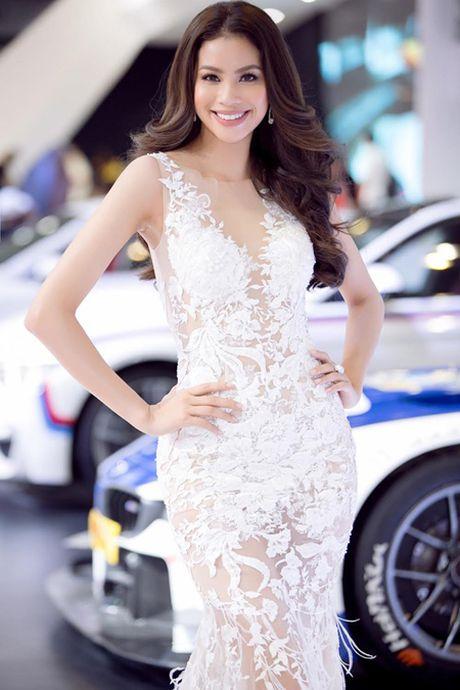 Hoa hau Pham Huong goi cam voi dam xuyen thau - Anh 5