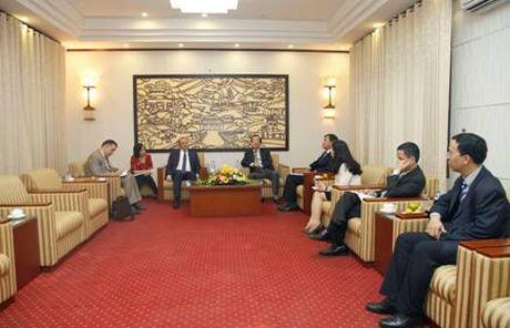Diem tin 25/10: Bo truong Pham Hong Ha tiep Dai su Algeria tai Viet Nam - Anh 1