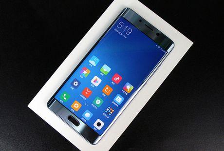 Can canh Xiaomi Mi Note 2 mau Glacier Silver cuc dep - Anh 1