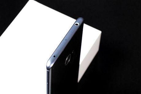 Can canh Xiaomi Mi Note 2 mau Glacier Silver cuc dep - Anh 3