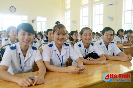 Som dua Cao dang Y te Ha Tinh thanh truong dai hoc - Anh 2
