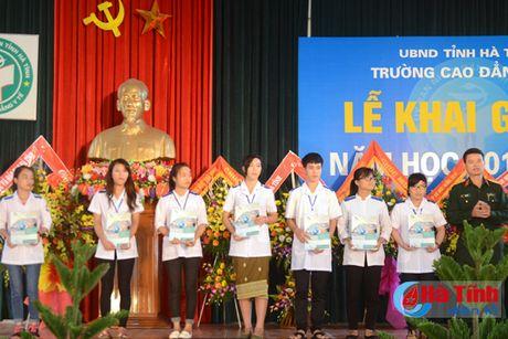 Som dua Cao dang Y te Ha Tinh thanh truong dai hoc - Anh 4