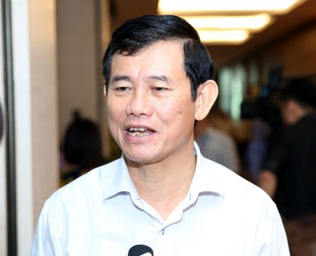 Quang Binh tra lai tien cuu tro cho dan - Anh 1