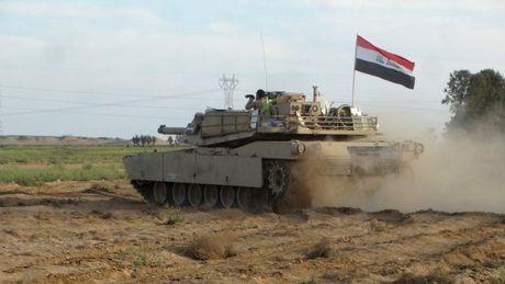 Video chien su: Quan doi Iraq tien cong don dap Mosul - Anh 1