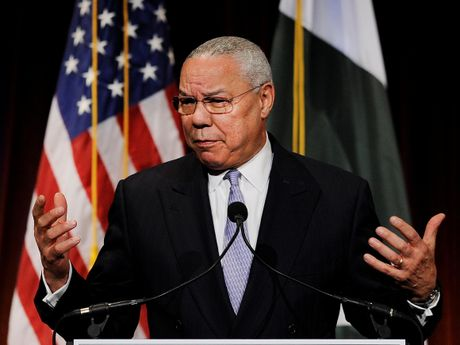 Cuu Ngoai truong My Colin Powell tuyen bo se bau cho ba Hillary Clinton - Anh 1