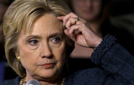 Nhung thoi khac hoang mang bao trum chien dich tranh cu cua Clinton - Anh 1