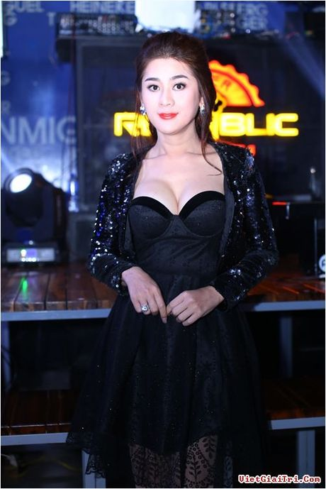 Nhung my nhan Viet da dung 'hang gia' lai con hay khoe - Anh 3