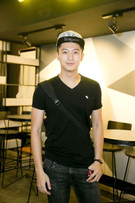 Harry Lu phan khich tai ngo 'chi dai Huong Ga' tai su kien - Anh 2
