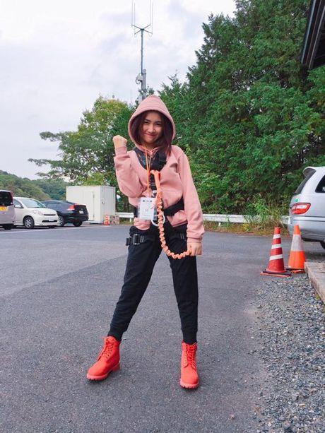Dung nghi Hoa Minzy la con gai ma khong dam 'sung' nhu phai manh - Anh 1