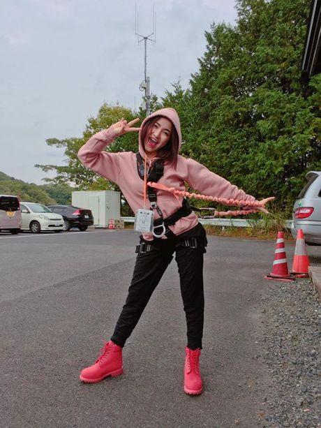 Dung nghi Hoa Minzy la con gai ma khong dam 'sung' nhu phai manh - Anh 2