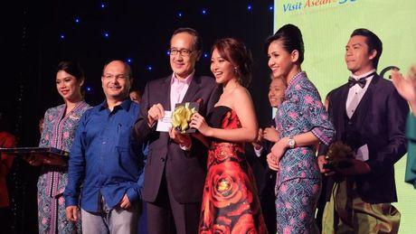 Kha Ngan than thiet voi dan dien vien 'Tuoi noi loan' trong tuan le Asian tai Malaysia - Anh 5
