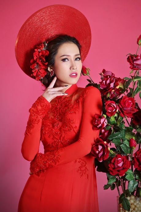 Hoa hau Phu nu Viet Nam qua anh 2012 dien ao dai voan - Anh 5