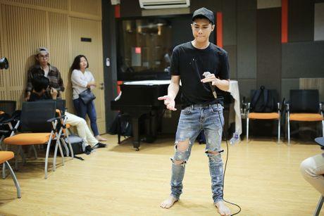 Noo Phuoc Thinh tap luyen vat va cho live show - Anh 5
