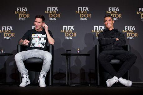 Qua bong vang 2016: The gioi dung ve phia Messi - Anh 1