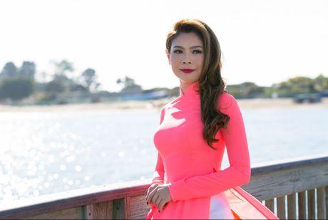 Thanh Thao mac ao dai cham thi hoa hau o My - Anh 1