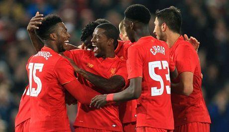 Liverpool da bay Tottenham, vao tu ket Cup Lien doan Anh - Anh 10