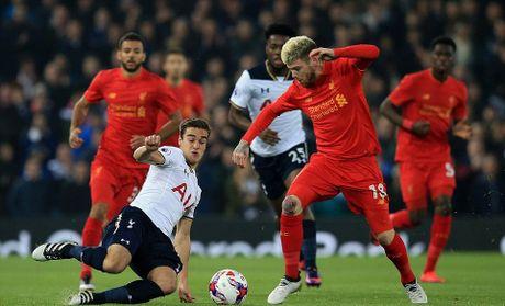 Liverpool da bay Tottenham, vao tu ket Cup Lien doan Anh - Anh 1