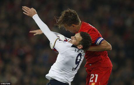 Liverpool da bay Tottenham, vao tu ket Cup Lien doan Anh - Anh 2