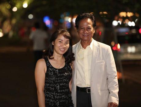 Fan nu lon tuoi 'nao loan' Bo Ho vi Che Linh - Anh 6