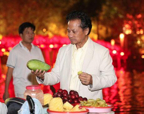 Fan nu lon tuoi 'nao loan' Bo Ho vi Che Linh - Anh 9