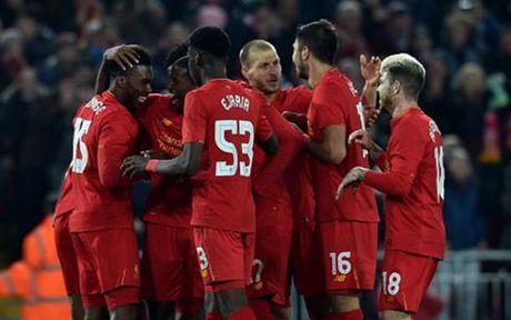 Ket qua bong da hom nay 26/10: Liverpool va Arsenal ca khuc khai hoan - Anh 1